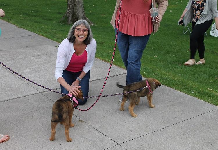 SL_GinnyKlevorn Rescue Puppies